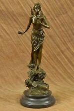 Sculptures et statues du XXe siècle et contemporaines en bois