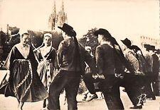 BR52915 Danse bretanne executee par un groupe de plougastel dance fo      France