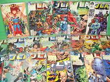 Lotto di comics 69 numeri GIUSTIZIA LEAGUE OF AMERICA-molto buon stato