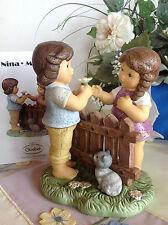 Goebel Nina & Marco auf Blumenwiese mit Zaun Katze und Blumen ♥ limitiert SELTEN