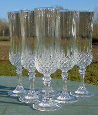 Service de 6 flûtes à champagne en cristal d'Arques, modèle Longchamp