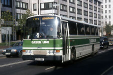 london country tl19 victoria 82 6x4 Quality London Bus Photo