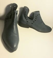 10/40 Forever 21 Aqua Blue Faux Leather Elf Ankle Boots Booties Pointed Toe