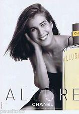 PUBLICITE ADVERTISING 115 2001 Chanel parfum  Allure 1