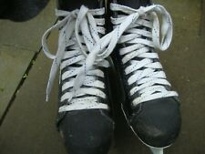 Bauer Black Panther Ice Skates Size 8D