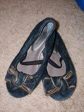 Nordstrom Toddler Girl Sz. 10 Black & Gold Bow Soft Ballet Flats. Cute