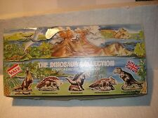 WADE DINOSAUR COLLECTION ALL FIVE IN SHOW BOX