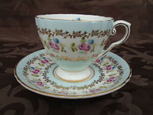 Royal Grafton Albert Floral Teacup and Saucer # 8720 England Mint Condition