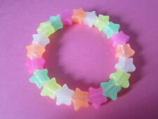 Kitsch Glow In the Dark Rainbow Plastic Star Bead Elastic Bracelet Retro Emo