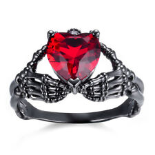 White/Black Gold eejart Hand Hold Heart Skeleton Ring Crystal Ruby Claddagh Ring