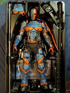 Hot Toys VGM 30 Batman Arkham Origins Deathstroke 1/6 12 inch Figure