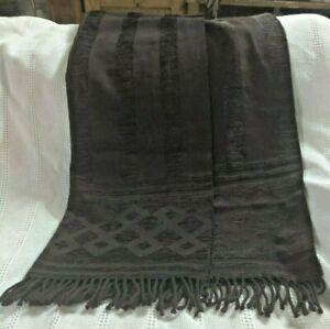 Anichini Fringed Throw Blanket