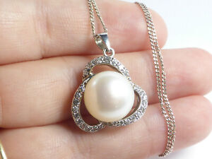 """Fine Beautiful Sterling Silver Cultured Pearl & Crystal Pendant Necklace 17"""""""