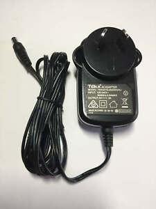 Wake RR40 Power Adapter