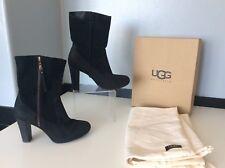 Ugg Botas al tobillo de gamuza negra en caja Tamaño 37 Reino Unido 4.5 Us6 Tacones Bolsas de Polvo Caja Athena