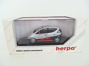 HERPA 187367 'MERCEDES A-KLASSE/CLASS - McLAREN - COULTHARD'. 1:43. MIB/BOXED.