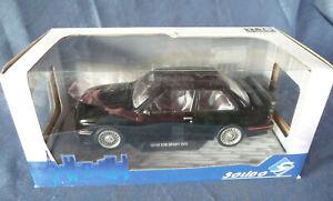Voiture miniature au 1/18: BWM E30 M3 Sport évolution de SOLIDO, neuve en boîte