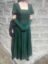 Long green dress; cap sleeves, square neckline, princess A-line, with gloves