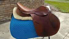 "17"" Ovation contact jumping saddle - wide tree"