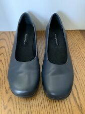 Rockport Woman's Blue Leather Slip on 9W Dress Shoes Brazil W5866