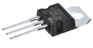 5 x STMicroelectronics L7805CV Linear Voltage Regulator, 1.5A 5V, 3-pin TO-220