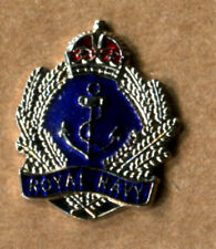 (0082 royal navy lapel badge anchor RN Naval warfare