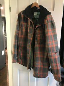 686 Men's Woodland Insulated Snowboard Jacket Rusty Red Yarn Dye Plaid XLarge XL