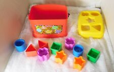 2006 Fisher-Price Shape Sorter Toy - Box with 10 Assorted Plastic Shapes