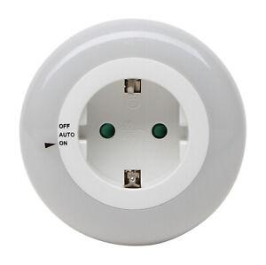 Kopp Nachtlicht LED Dämmerungssensor rund für Steckdose weiß 195905010 E22-6