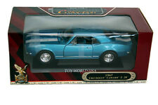 Yat Ming Road Signature 1967 Chevrolet Camaro Z-28 1:18 Scale Diecast Collection