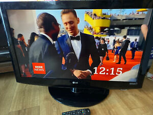 """LG 37LH2000-ZA 37"""" HD Ready Digital Freeview LCD TV with remote - Used"""