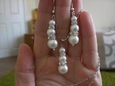 NUOVO Bianco Sea Shell Orecchini di Perle + Ciondolo