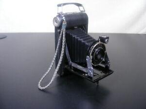 Kodak Vigilant Junior Six-20 Vintage Folding Camera