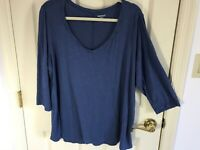 Woman's Westport woman plus size 3X solid blue v neck 3/4 sleeve rayon top