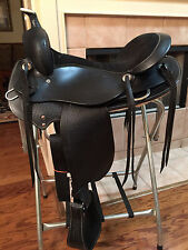 "TN Saddlery 18"" Gaited Western Saddle ""Bedford""  Black"
