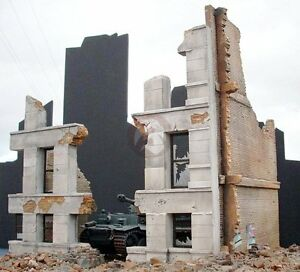 """Dioramas Plus 1/35 """"Sneak Attack"""" Ruined German Building w/Destroyed Middle DP3"""