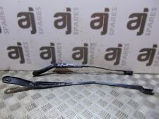 VOLVO V40 R- DESIGN 1.6 2013 FRONT WIPER ARMS (PAIR)