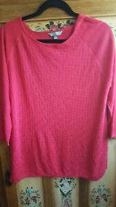 SUZANNEGRAE ladies fine knit long sleeve top with patterned front (size medium)