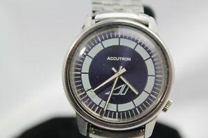 Bulova Accutron  vintage 1971 oval  watch GRAY/black dial