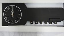 horloge murale avec porte clés