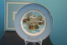 Vintage Avon Christmas Plate 1977 Carollers In The Snow - Includes Original Box