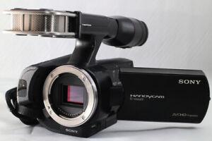 Sony NEX-VG20 Camcorder -  Black (Kit w/ Sony 18-200mm OSS lens)