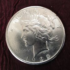 1925 Peace silver dollar excellent condition