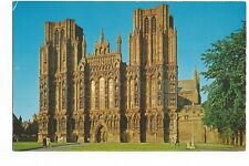 Postcard West Front Wells Cathedral Somerset unposted  (A17)