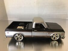 Jada Toys Street Low 1972 Chevy Cheyenne Pick Up Truck 1:24 Scale Diecast RARE
