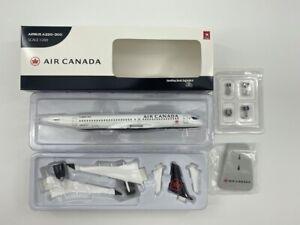 Hogan Wings 1/200 Air Canada Airbus A220-300,C-GROV,Airlines Desktop Model 11571