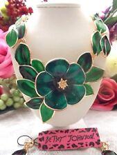 BETSEY JOHNSON GREEN FLOWER WITH LEAVES CRYSTAL & ENAMEL NECKLACE & EARRINGS