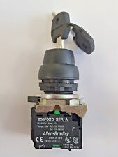 ALLEN BRADLEY KEY SELECTOR SWITCH ASSEMBLY: NON ILLUMINATED 3 POSITION LATCHED