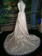 VTG BRIDAL FORMAL WEDDING GOWN 2-4 DRESS BLUSH PINK LACE BALLGOWN PRINCESS SHAWL