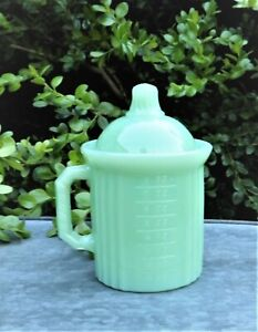Mosser Glass Jadeite Measuring Cup with Lid